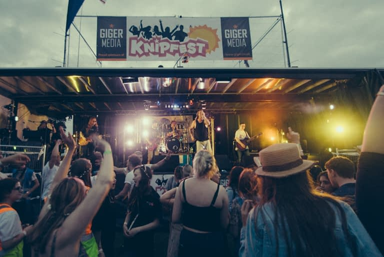 Knipfest Charity Music Festival-10